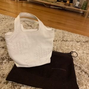 Bottega Veneta white shopper pocketbook purse